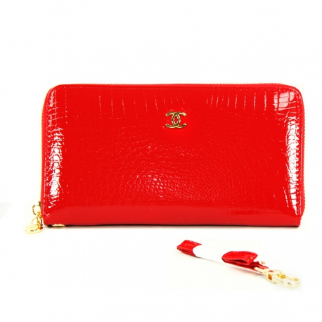 Women's Red Clutch, Genuine Leather (Size 19,5 X 10 cm)